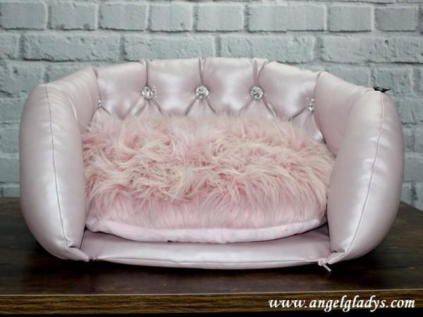 "Angel & Gladys Sofa "" Romantica """