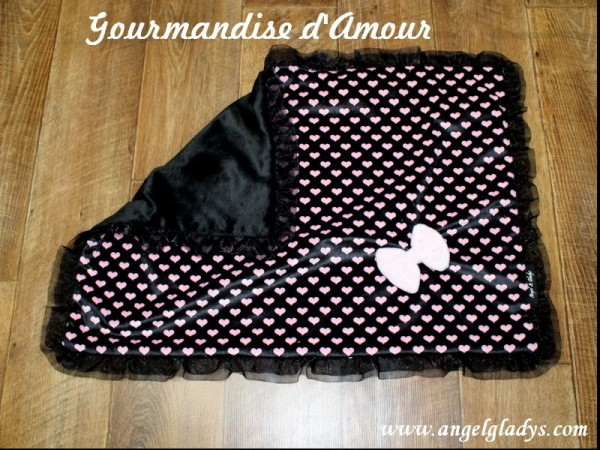 "Angel & Gladys Kuschelldecke "" Gourmandise d'Amour """