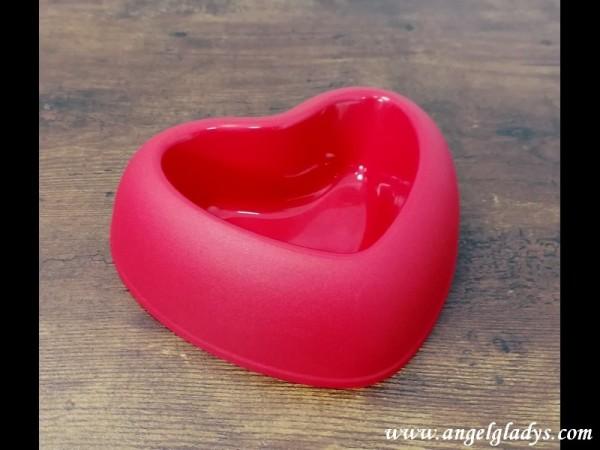Hundenapf in Herzform Rot